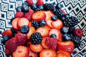 fruit, fresh fruit, strawberries